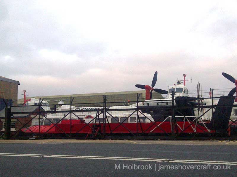 AP1-88 operations on the Solent with Hovertravel - SRN6 Twin-Prop hovercraft at the Hovercraft Museum (Matt Holbrook).