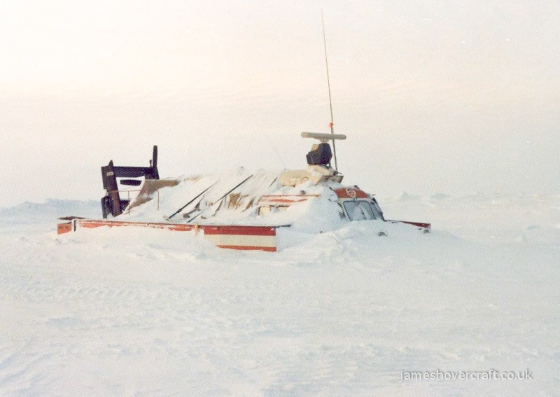 SRN6 craft in Arctic operations - SRN6 NTA-030 stranded on the Beaufort Sea (Paul Brett).