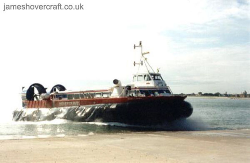 AP1-88 hovercraft - Double-Oh-Seven arriving on the ramp at Portsmouth (Photo: David Ingham)