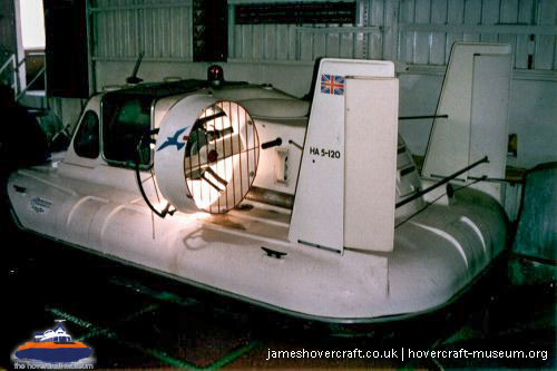Hoverhawk HA5 at the Hovercraft Museum -   (The <a href='http://www.hovercraft-museum.org/' target='_blank'>Hovercraft Museum Trust</a>).