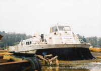 AP1-88 hovercraft with SAS, derelict craft -   (The <a href='http://www.hovercraft-museum.org/' target='_blank'>Hovercraft Museum Trust</a>).