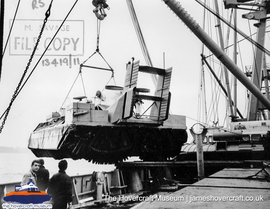 SRN6 being transported -   (The Hovercraft Museum Trust).