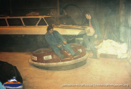 Winfield hovercraft personal transport -   (The <a href='http://www.hovercraft-museum.org/' target='_blank'>Hovercraft Museum Trust</a>).