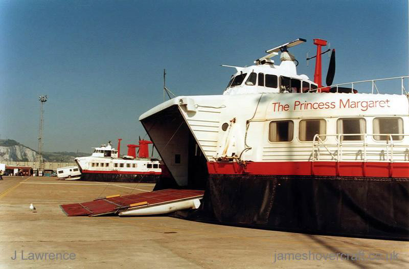 The SRN4 with Hoverspeed in Dover with a new livery - Closeup of The Princess Margaret (GH-2006)'s bow and vehicle ramp (Pat Lawrence).