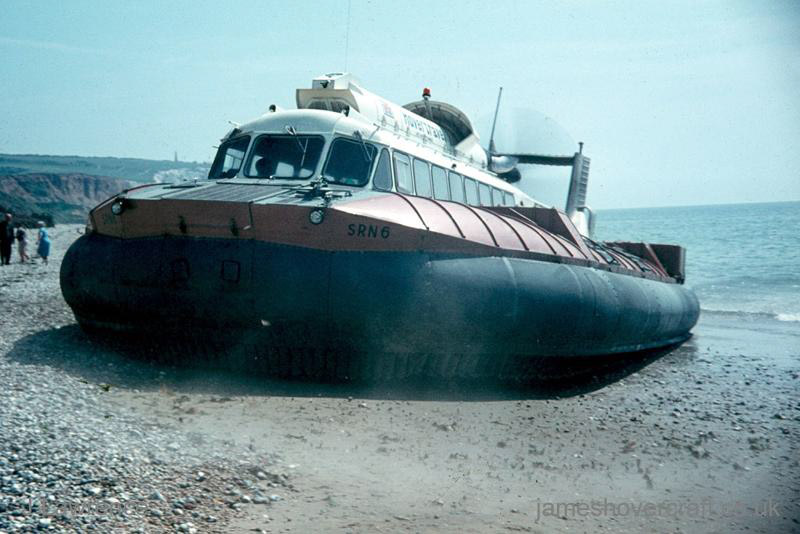 The SRN6 with Hovertravel - Departing Southsea, front-on (Pat Lawrence).