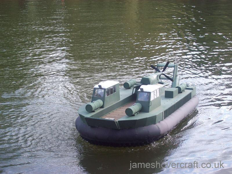 Mark Porter's Model Hovercraft - SRN5 cargo deck (Tim Stevenson).