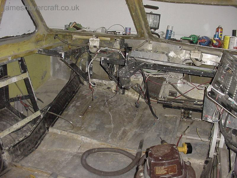 Restoring an old Tiger 12 hovercraft to a fully working state - Stripping the dashboard ().